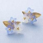 耳元をおしゃれに✨紫陽花のフロストピアス