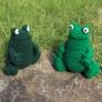 PALMy Frog カエル あみぐるみ
