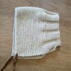ざっくり編みのボンネット