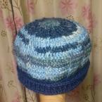 残り毛糸で作った帽子