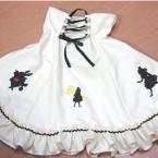 アリス刺繍の編みあげフリフリスカート