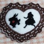アリス刺繍のパッチン