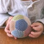 大きさ自在!簡単パーツで編み編みボール