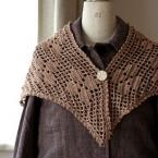 方眼編み模様のレトロ三角ストール