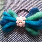 毛糸リボンのヘアゴム(パール)