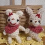 ちび編みぐるみクマ、ウサギ