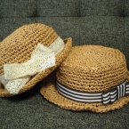 ペーパーヤーンで子供の夏帽子