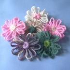 毛糸のお花モチーフ 手作り花編み機で