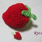 イチゴのかぎ編み アクリルたわしにも♪