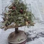 小枝でツリー