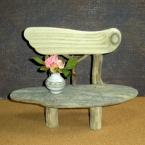 流木作品(飾り台、ミニチュア椅子)の作り方