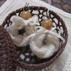 お団子の串で棒針編み!縄編みのストラップ②